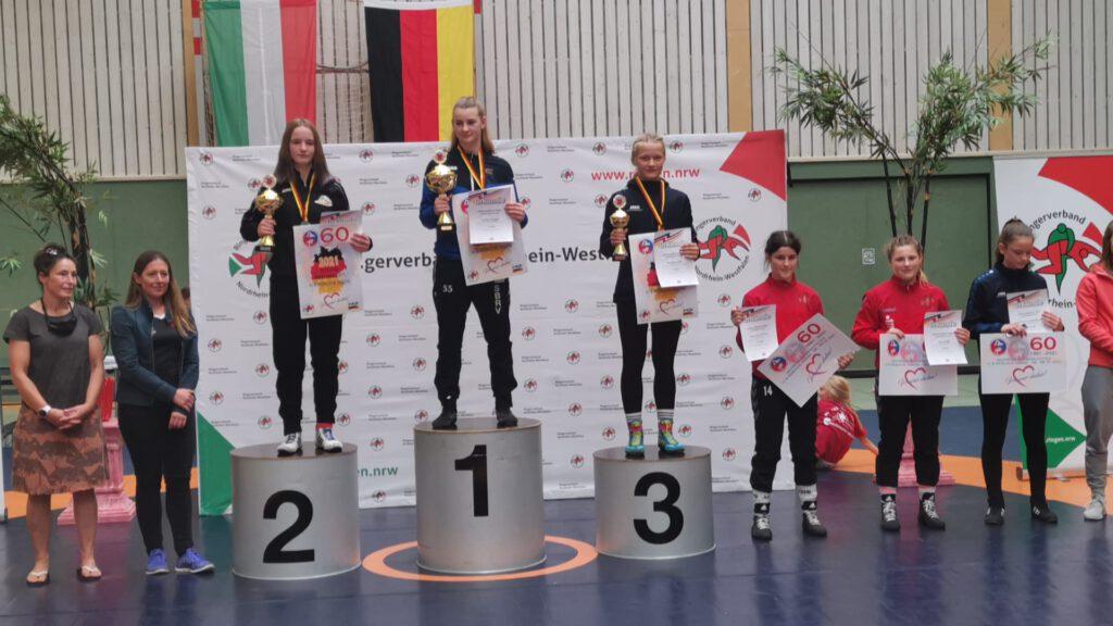Annalena Pohl Deutsche Meisterschaften Siegerehrung dritter Platz